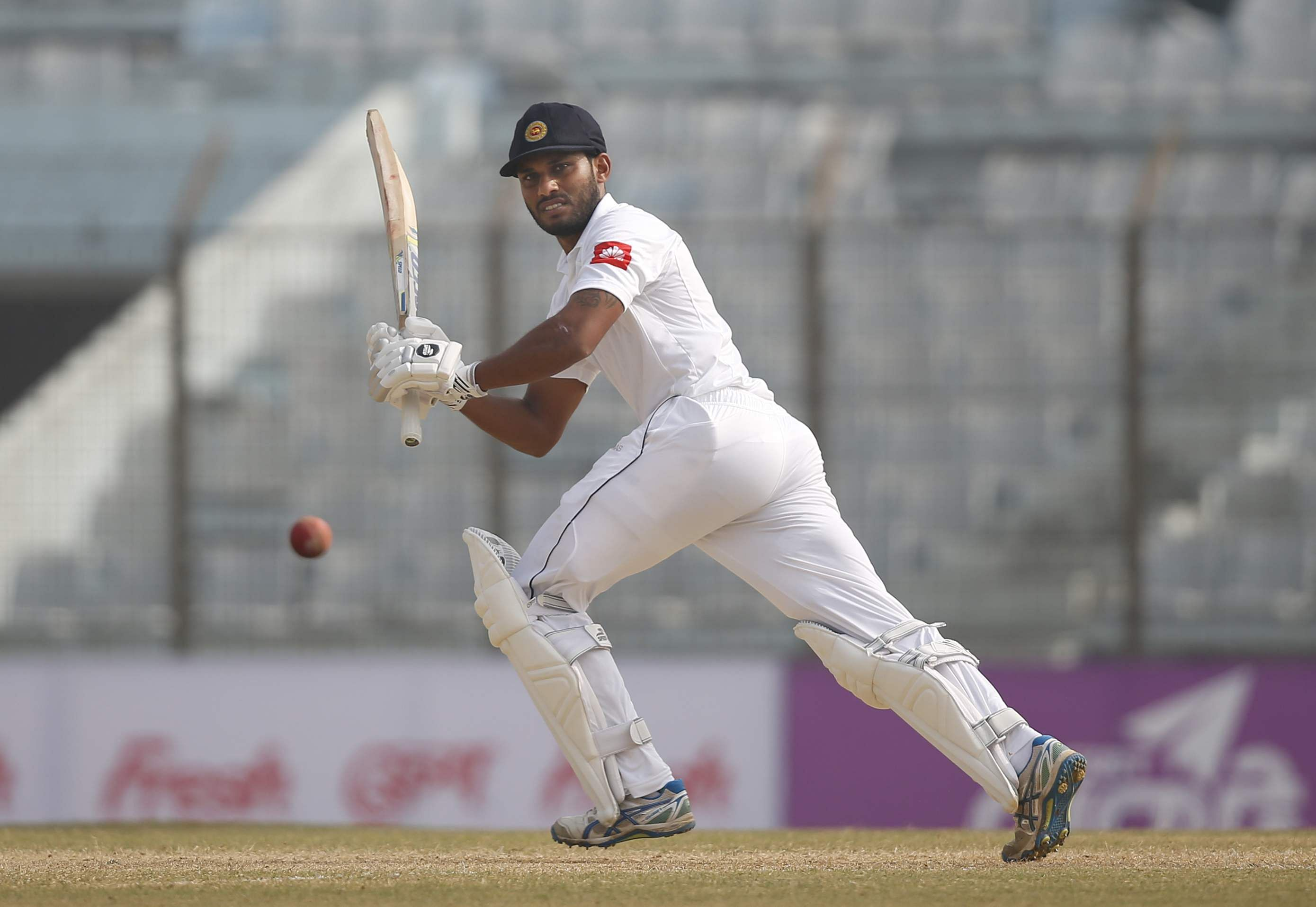 De Silva, Mendis punish Tigers in Chittagong Test