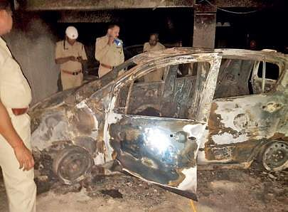 Bengaluru mother, son charred to death in vehicle