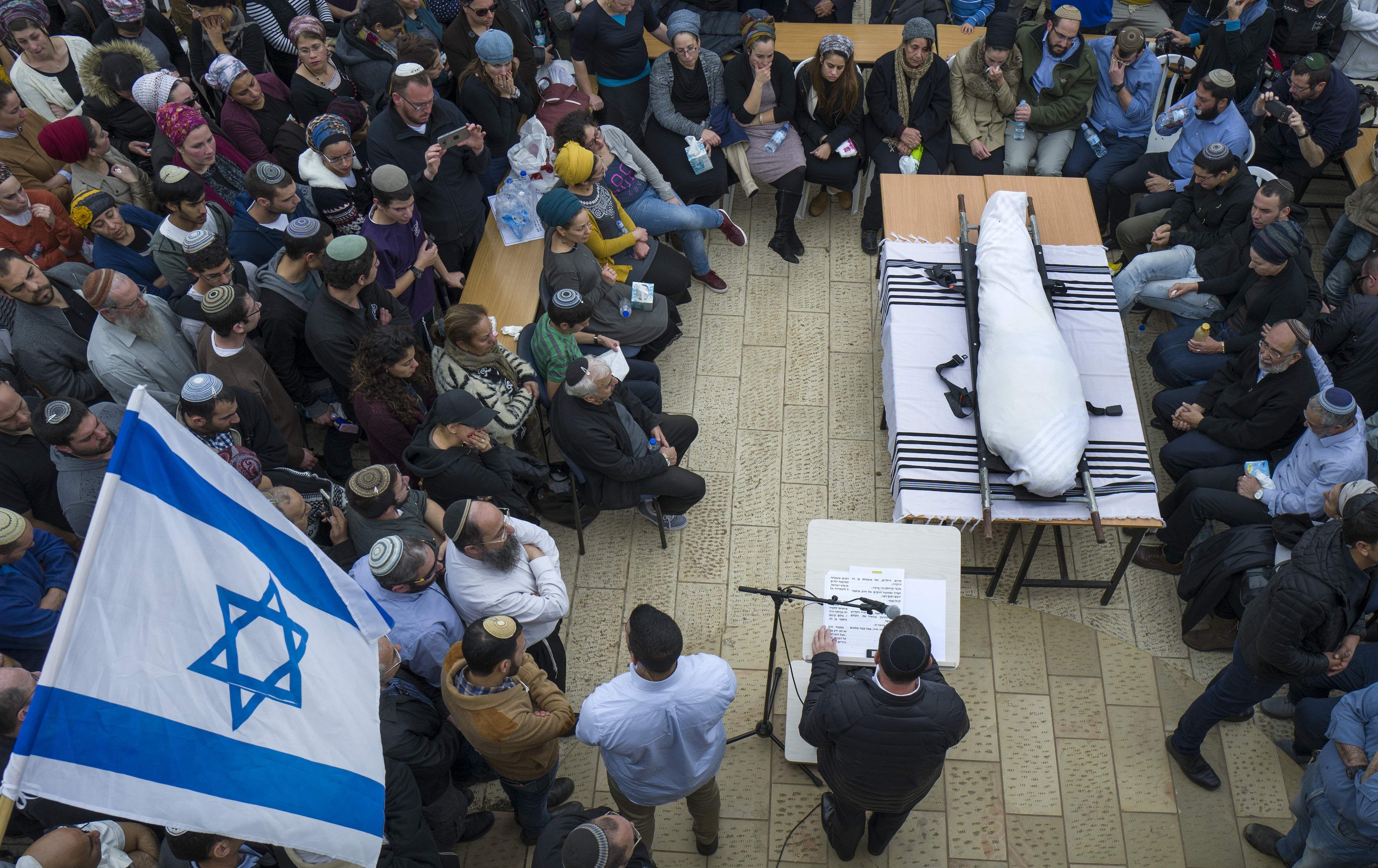 Israel settler injured in W. Bank knife attack