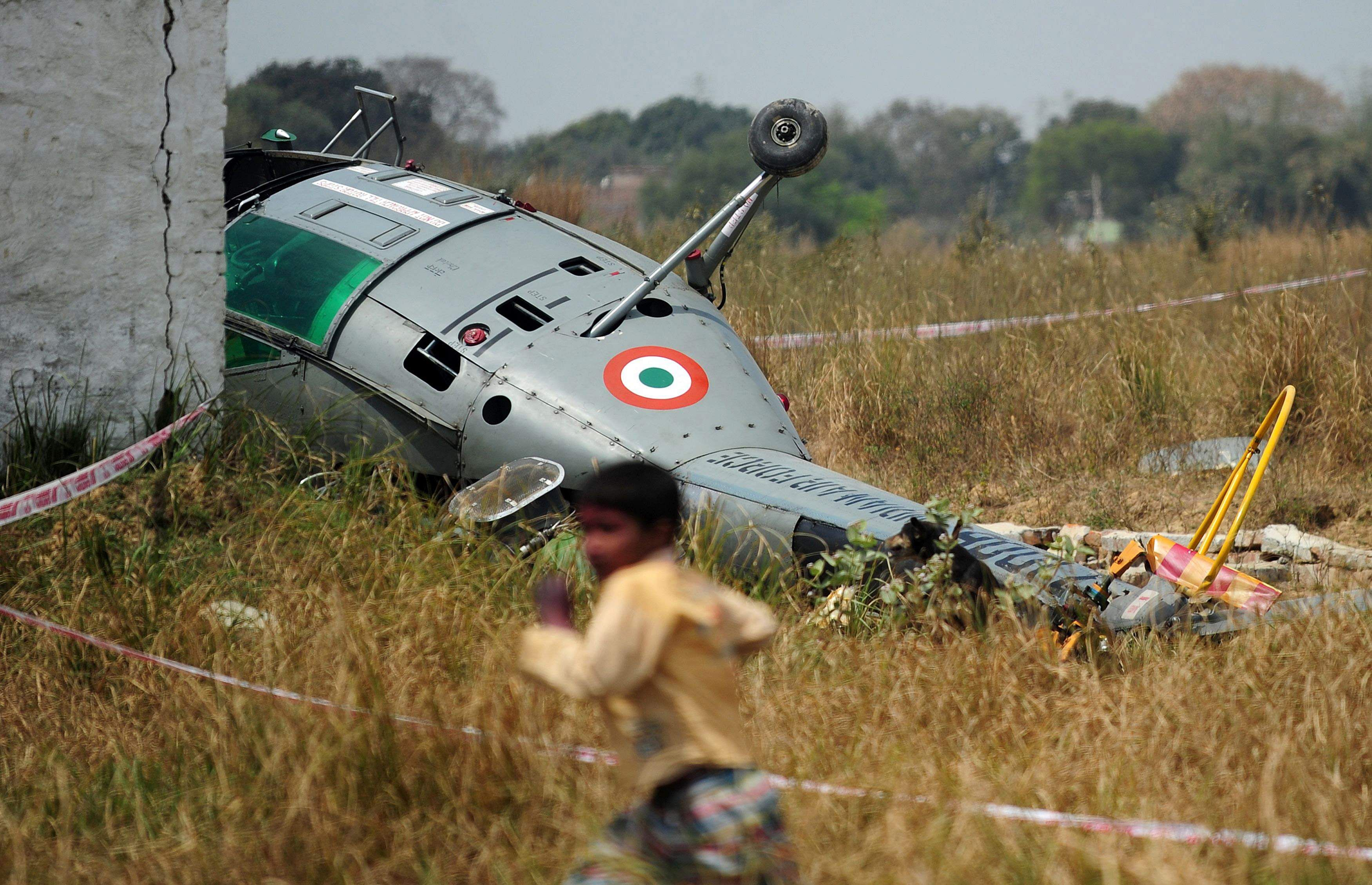 Indian Coast Guard chopper crashlands near Mumbai
