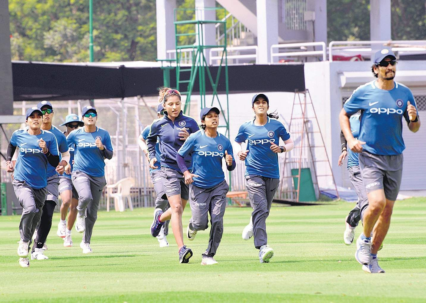 Aussies hope to beat Indian eves in ODI series