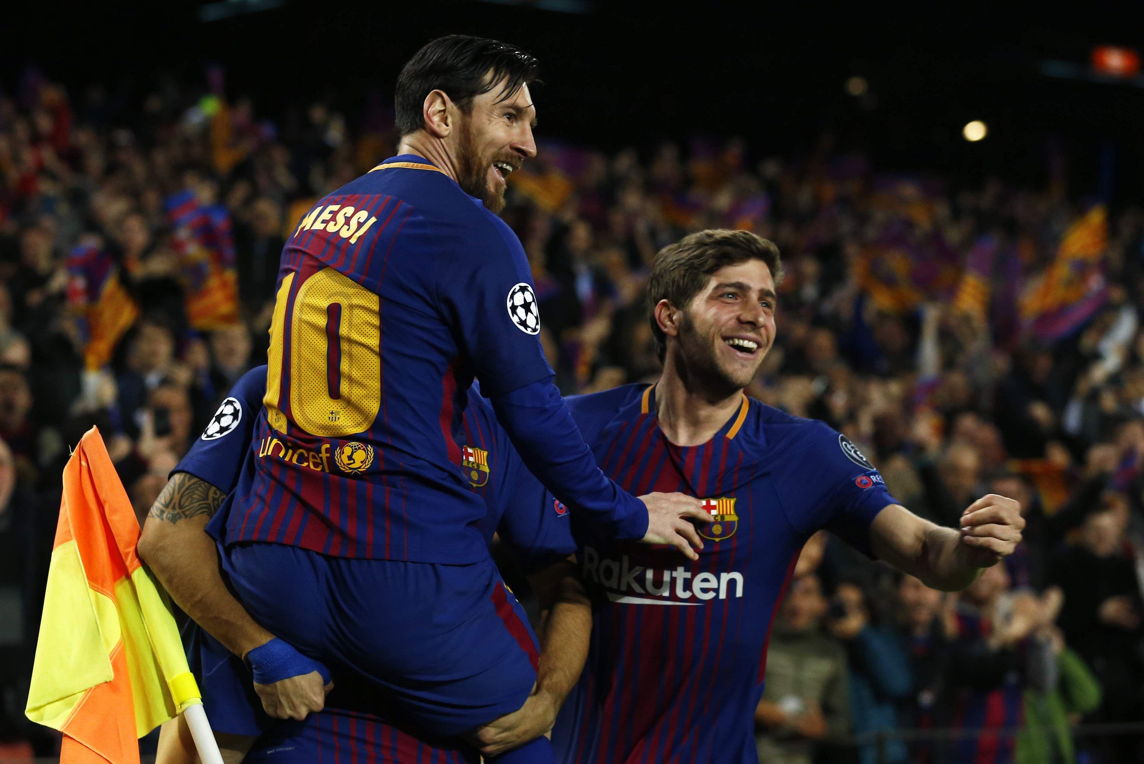 Lionel_Messi_teammates_AP
