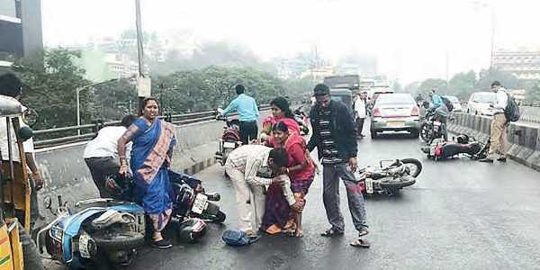 First Showers Bring A Spate Of Accidents In Hyderabad City The