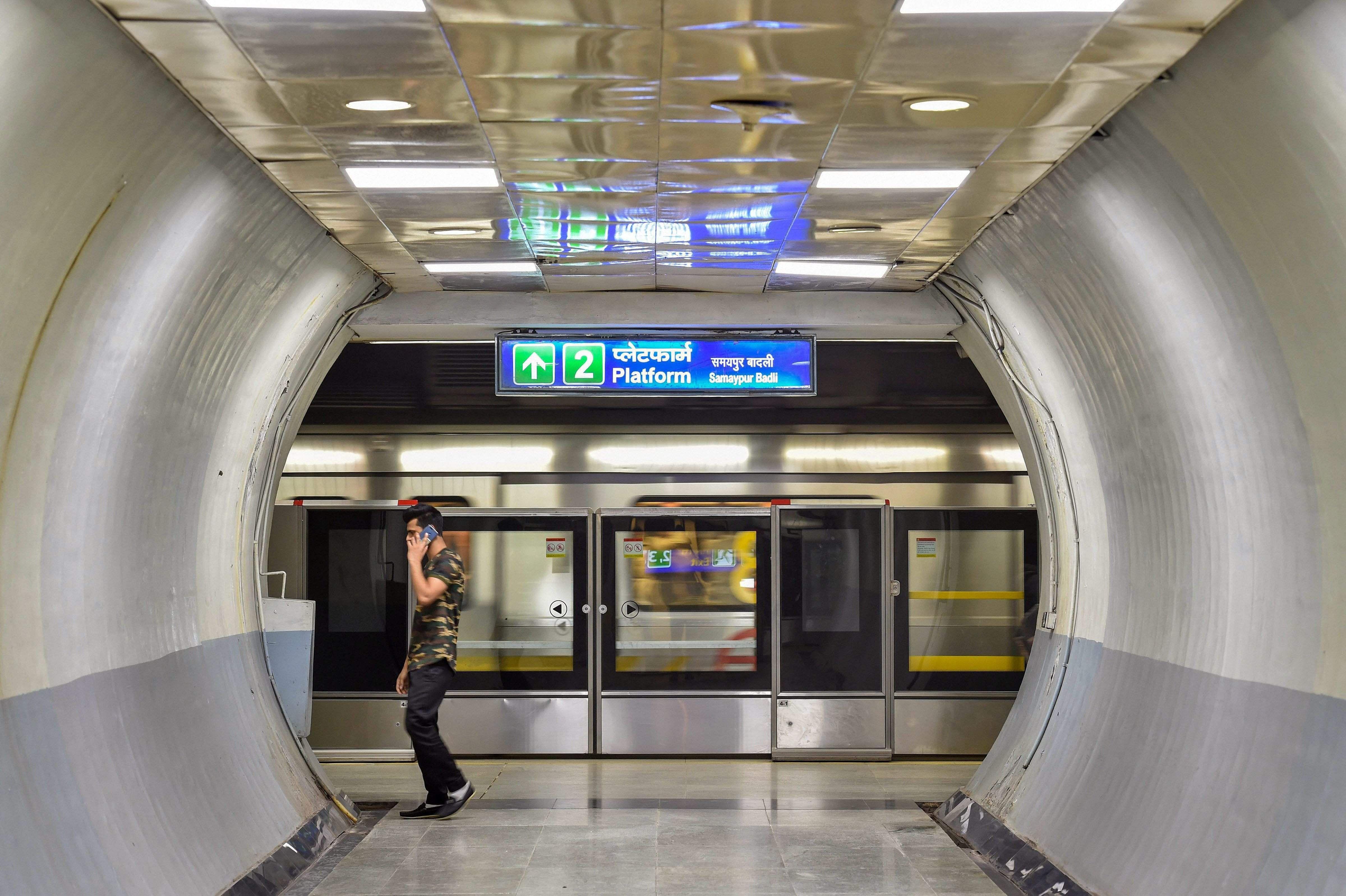 See Pictures Delhi S Chandni Chowk Chawri Bazar Metro