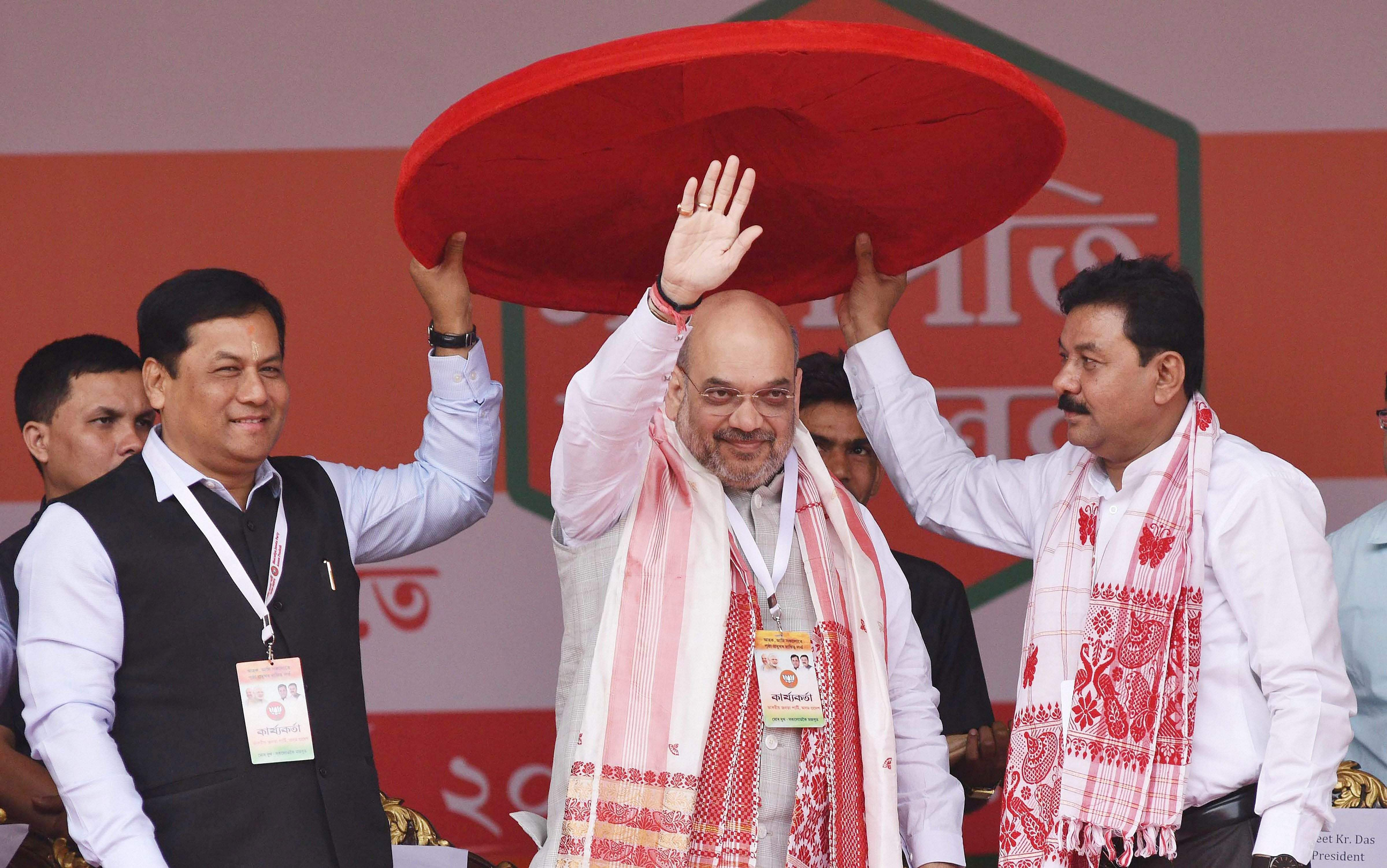 Naidu lashes out at Shah, dares to prove claims of financial assistance