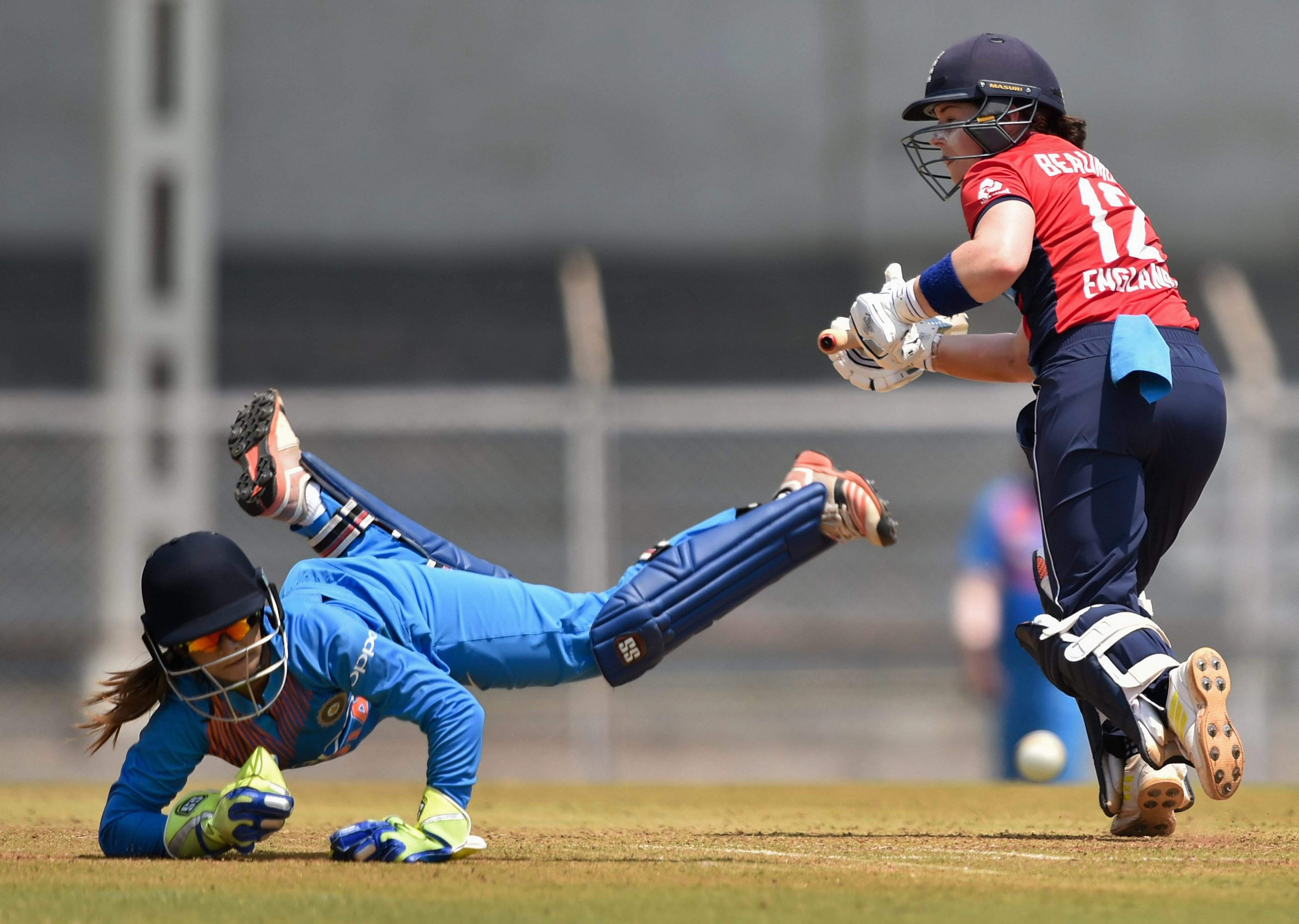 England Eves beat India in record chase