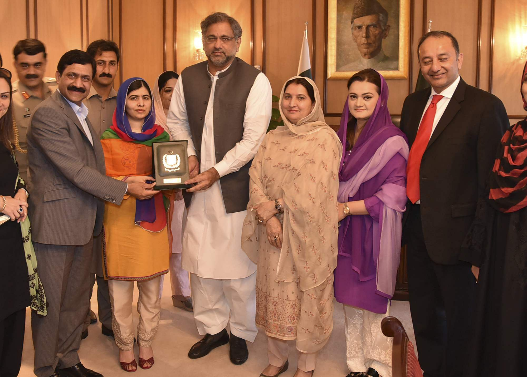 Malala Yousafzai returns to Pakistan for first time since