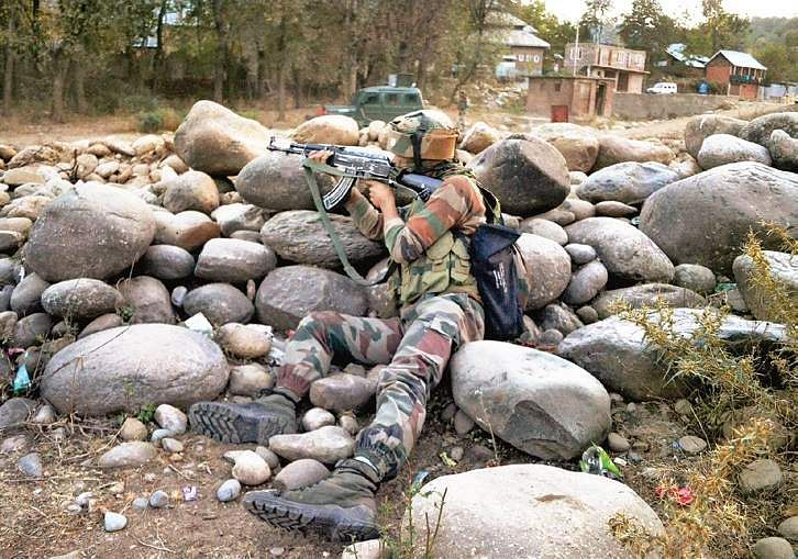 J&K: 2 LeT militants, 4 others gunned down in Shopian crossfire