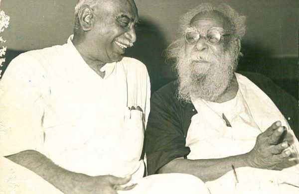 DravidaKazhagam founder Periyar with former Tamil Nadu CM Kamaraj (File | EPS)