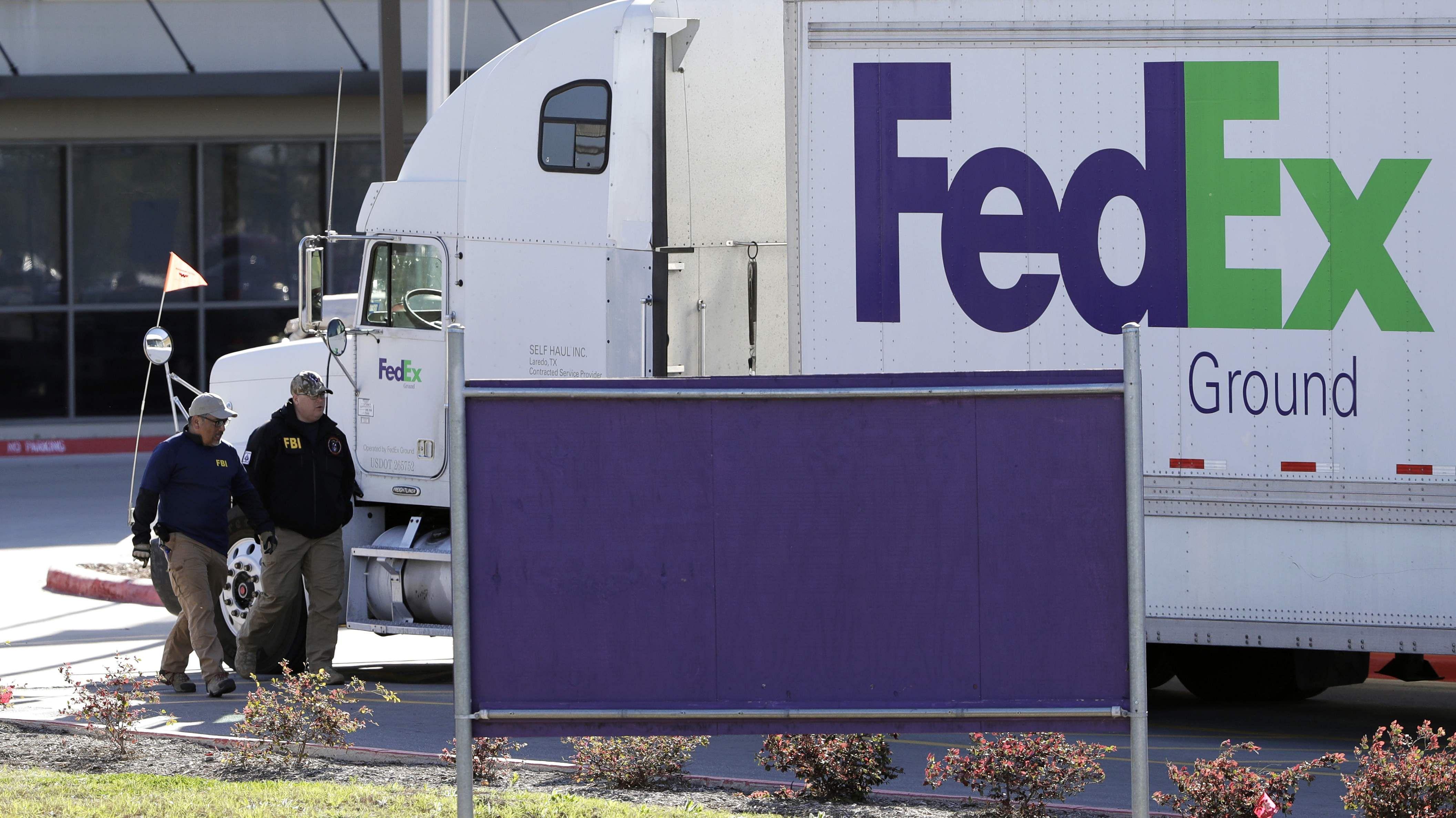 Ballentine Partners LLC Holding in Fedex Corp (FDX) Cut by $12.15 Million