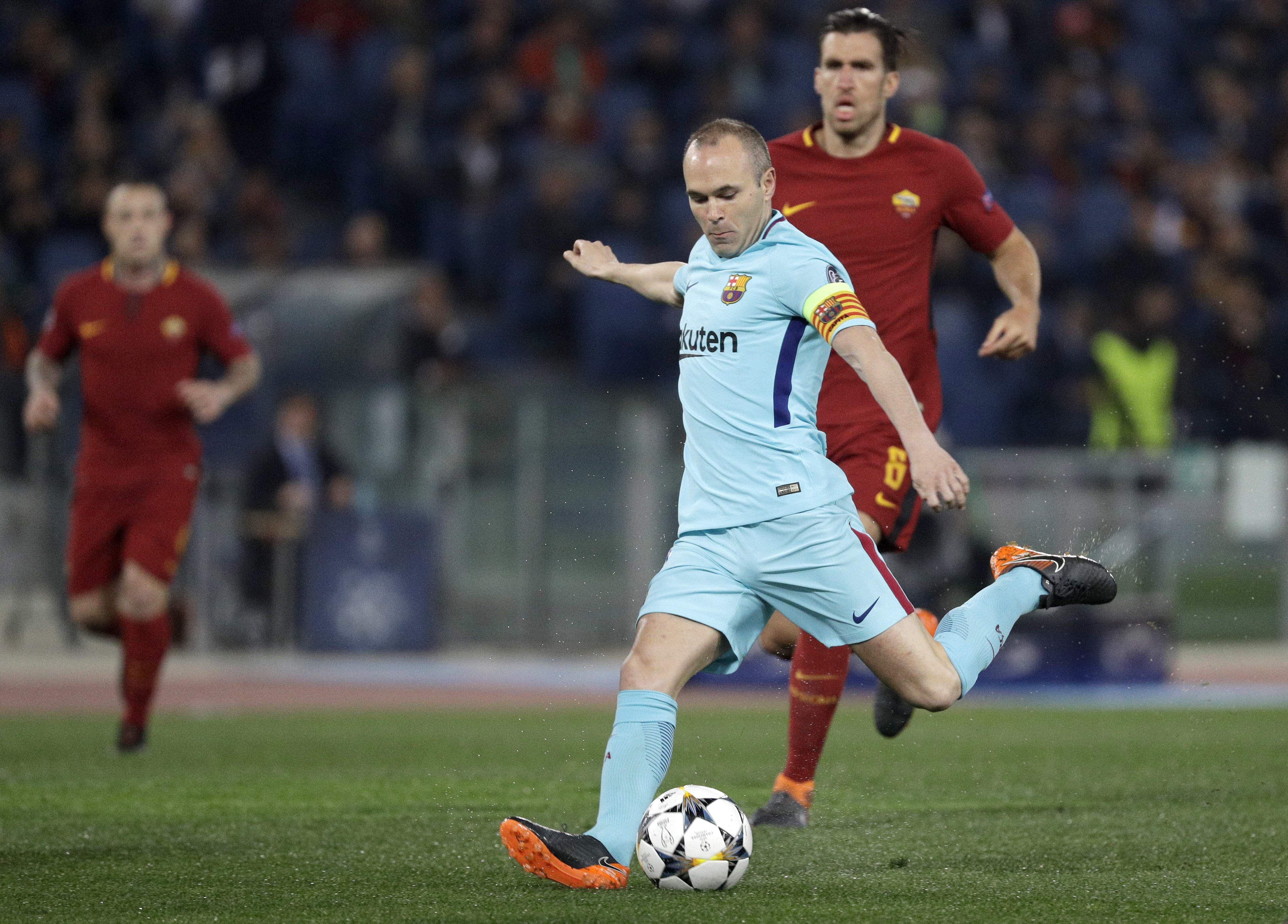 Premier League legend slams Messi and Suarez after shock Roma defeat