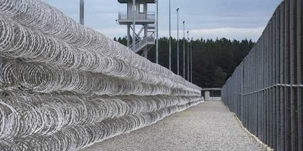 A South Carolina prisons spokesman says several inmates are dead and others required outside medical attention after hours of fighting inside the maximum security prison. | AP