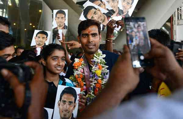 A Sharath Kamal being greeted by fans upon his arrival. (EPS)