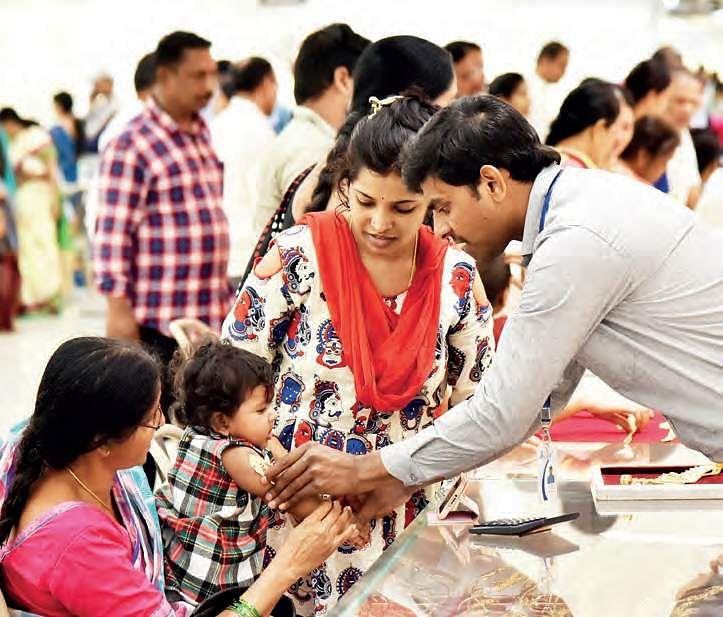 Higher gold prices no bar for buyers on Akshaya Tritiya in Chennai