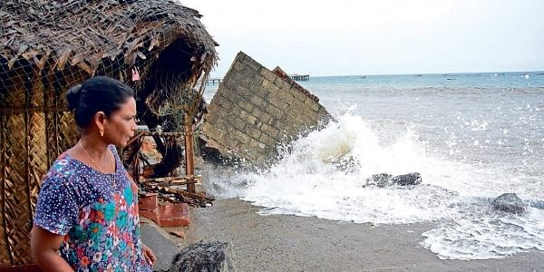Trivandrum: Sea turns rough; houses damaged- The New Indian Express