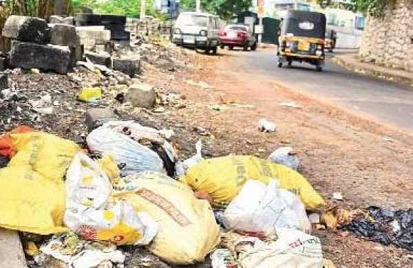 Waste piling up on the roadside in Thiruvananthapuram  B P Deepu
