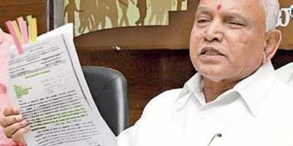 Gowda downplays PM's praise; hits out at K'taka CM