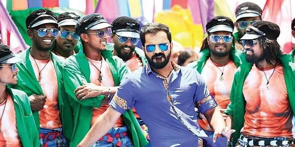 Sathish wraps up Ayogya shoot with Mandya style