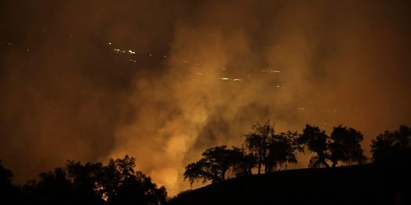 Structures lost as Tinder Fire burns over 8000 acres in northern Arizona