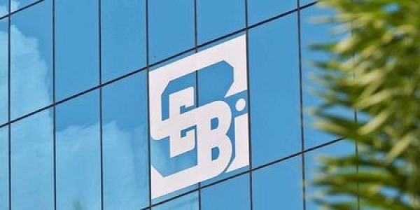 Equity derivatives get extended hours: Sebi