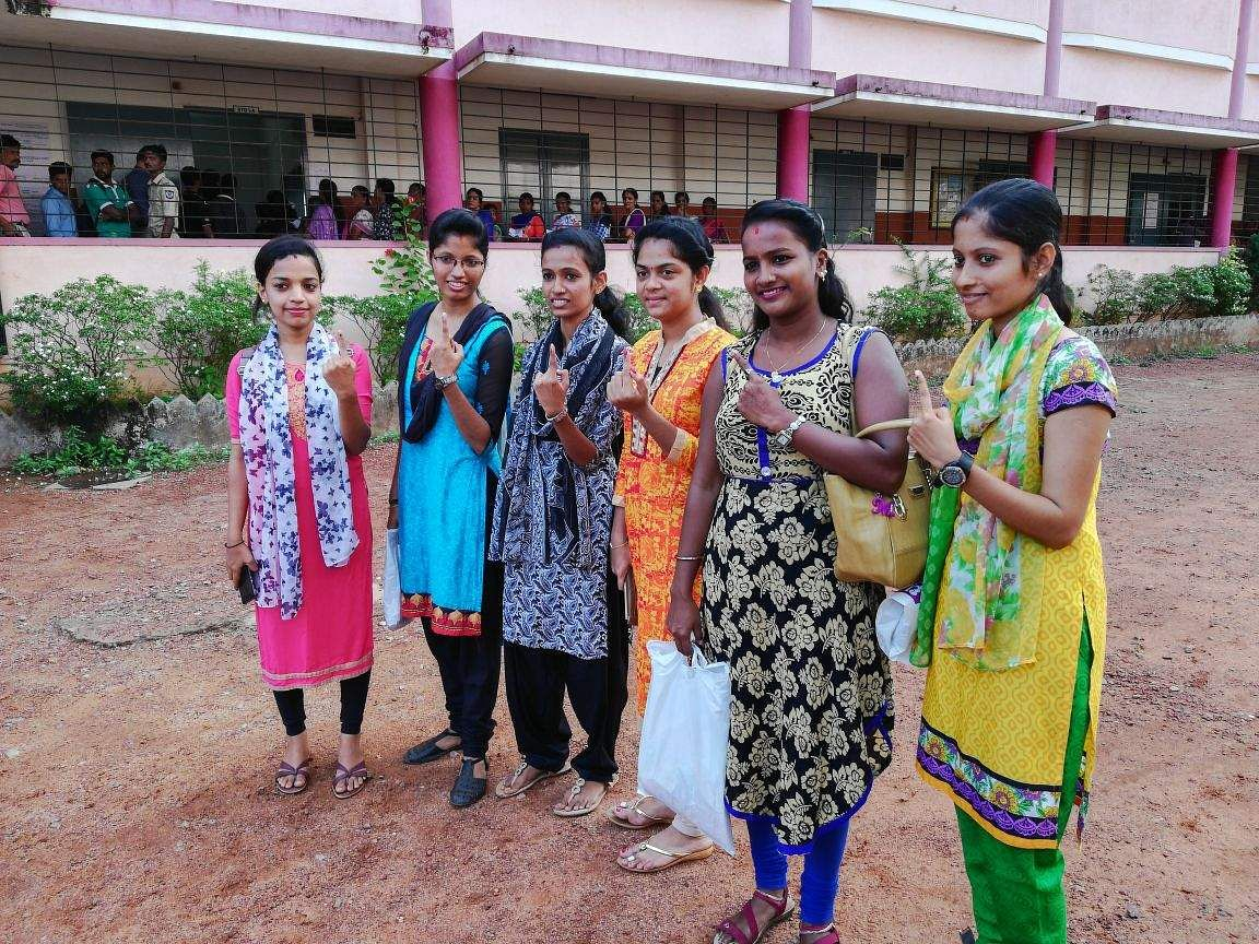 First_time_voters_at_St_Lawrence_School,_Bondel_in_Mangalore_North_constituency