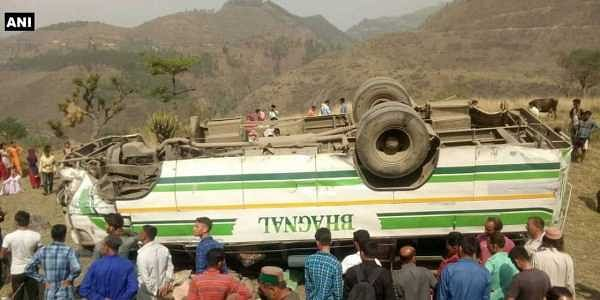 Seven killed, 12 injured as bus falls into gorge in Himachal Pradesh