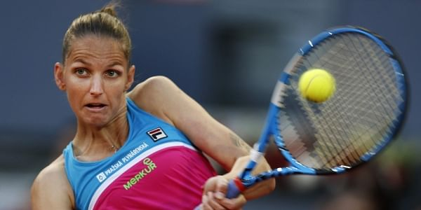 Karolina Pliskova loses her cool during loss to Maria Sakkari in Rome