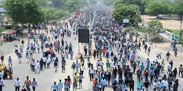 'Facsist police': In TN's Tuticorin, anti-Sterlite protest turns violent