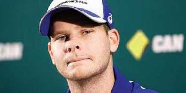 Steve Smith returns to Australia, vows to earn back fans' support