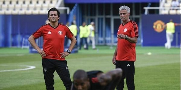Mourinho backs assistant for Arsenal job