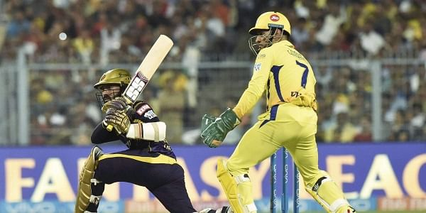 MS Dhoni does lightning fast stumping; AB de Villiers expresses dissent