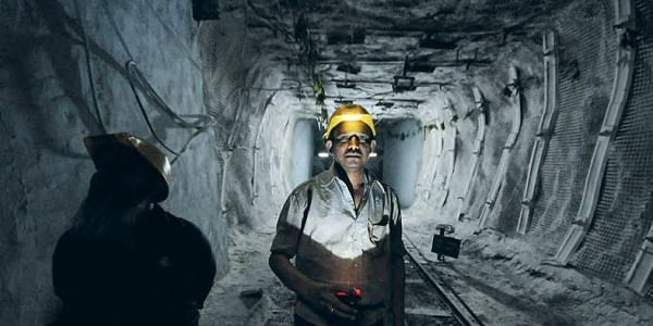 Twin Mining Accidents Kill 23 In Pakistan