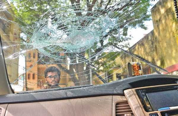 Miscreants damaged several vehicles at a residential area in Yediyur in Bengaluru | Pushkar V