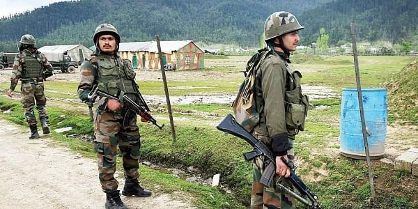 Pakistan army has been actively supporting the infiltration along the LoC , which is expected in coming days with snow melting on higher peaks. | PTI File Photo