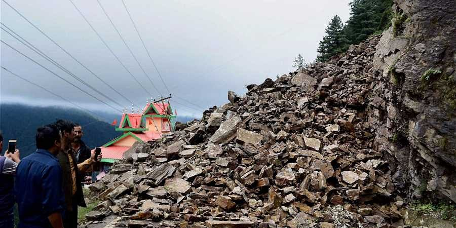 7 killed, 25 injured in J&K landslide