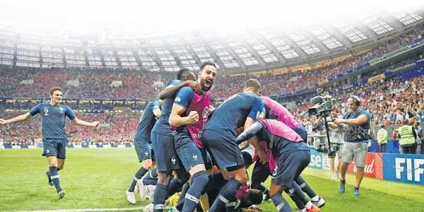 It's celebration time for the France team at Luzhniki Stadium | REUTERS