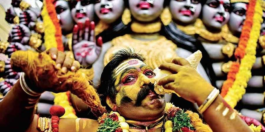 Bonalu off to colourful start in the city- The New Indian Express