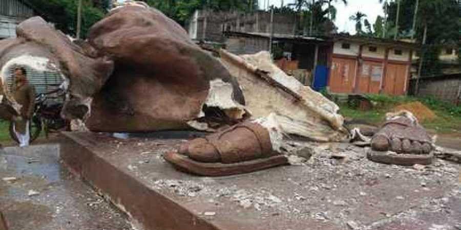 statue desecration