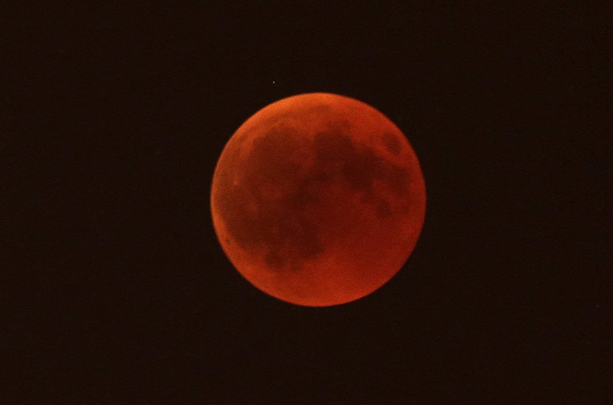 bloodmoon-lunareclipse