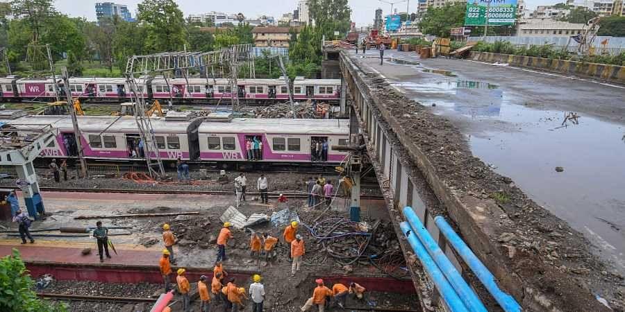 Andheri footover bridge collapse