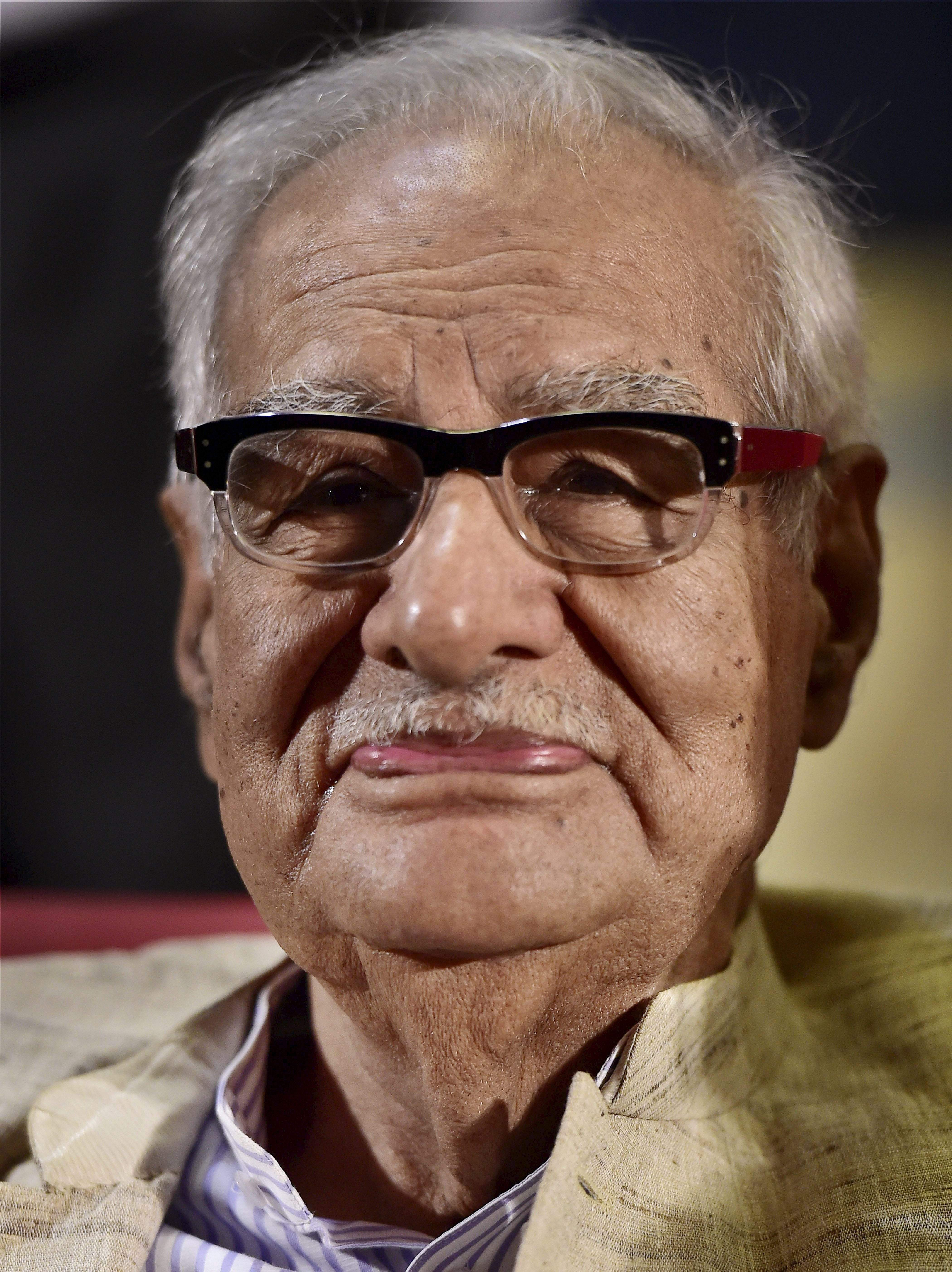 Kuldip Nayar was a renowned journalist and former editor of The Indian Express who fought fiercely for press freedom, especially during Emergency. Nayar has authored 15 books including 'Beyond the Lines', and 'Emergency Retold'.  (Photo | PTI)