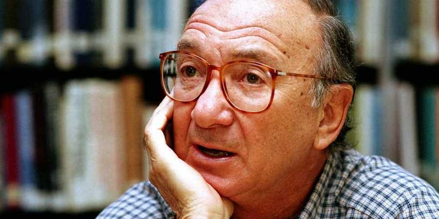 FILE- In this Sept. 22, 1994, file photo, american playwright Neil Simon answers questions during an interview in Seattle, Wash. Simon, a master of comedy whose laugh-filled hits such as 'The Odd Couple,' 'Barefoot in the Park' and his 'Brighton Beach' tr