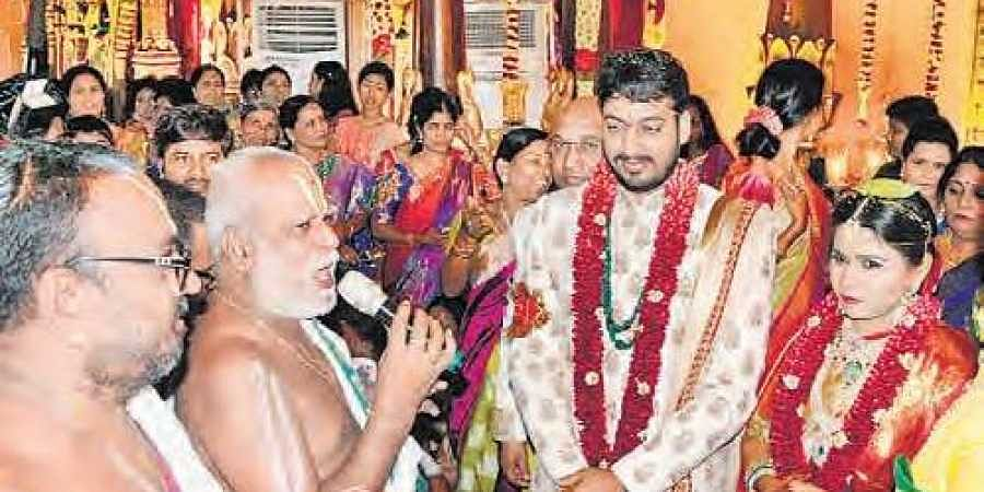 Akhila Ties The Knot With Industrialist The New Indian Express