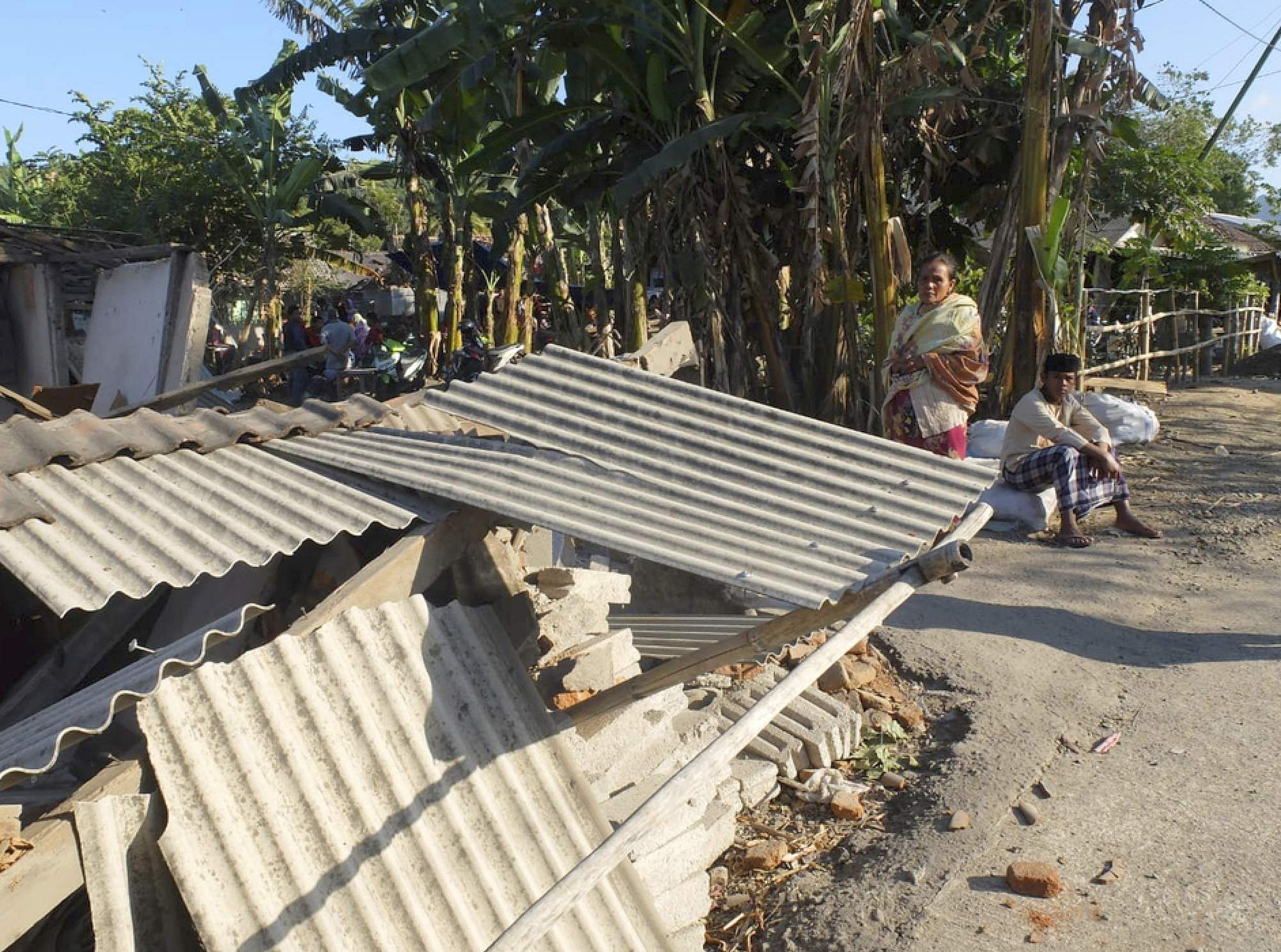 indonesia_quake_AP8