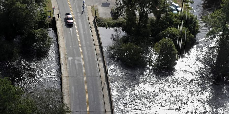 I-95 remains closed by Florence's flooding