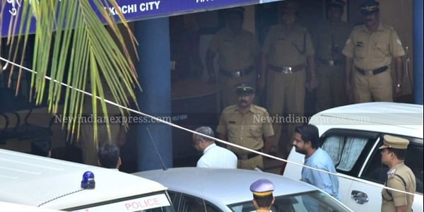 Bishop Franco Mulakkal  arrives at the Crime Branch Office, Tripunithura amidst tight security on Wednesday . (Photo | Albin Mathew/ EPS)