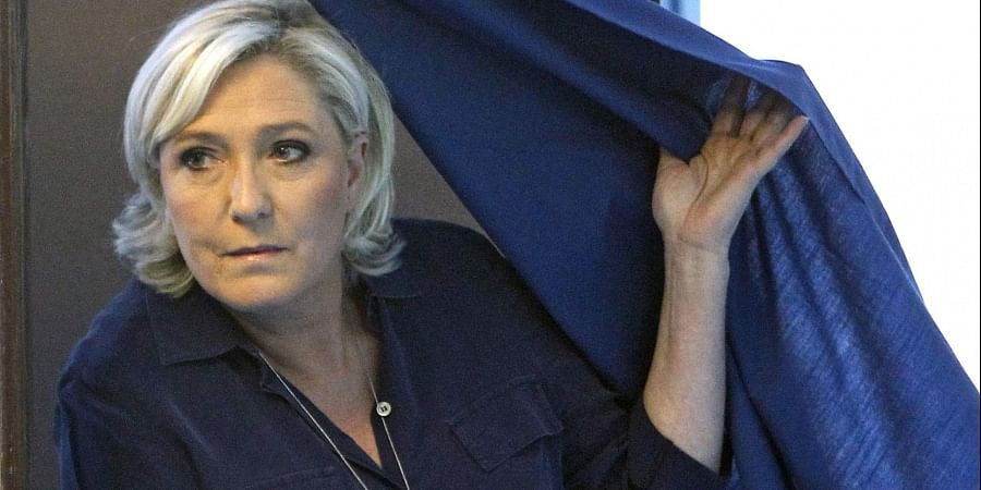 Marine Le Pen laughs off court-ordered psychiatric tests