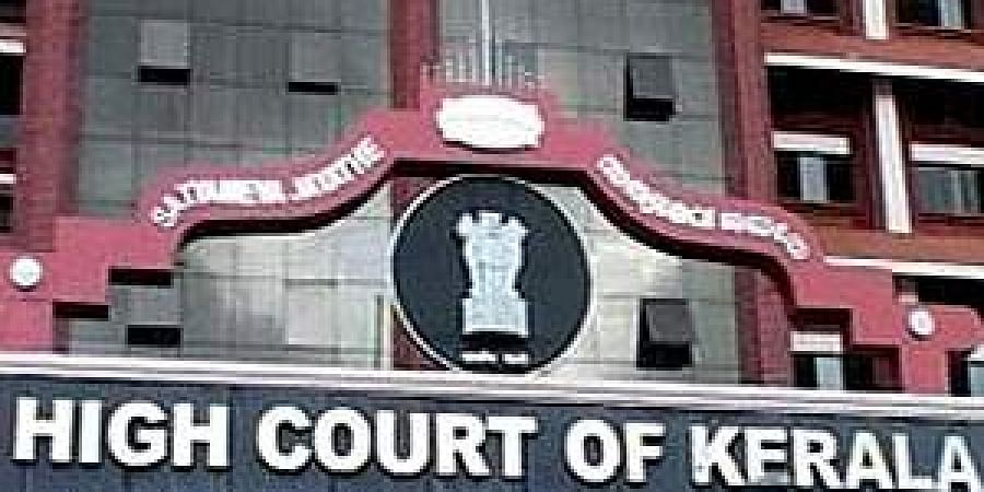 Kerala High Court directs government to remove all unauthorised flex