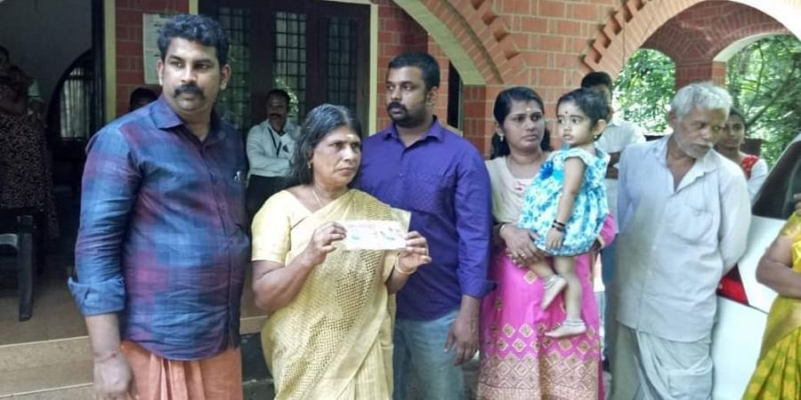 Lottery bumper prize winner to reconstruct house in Kerala