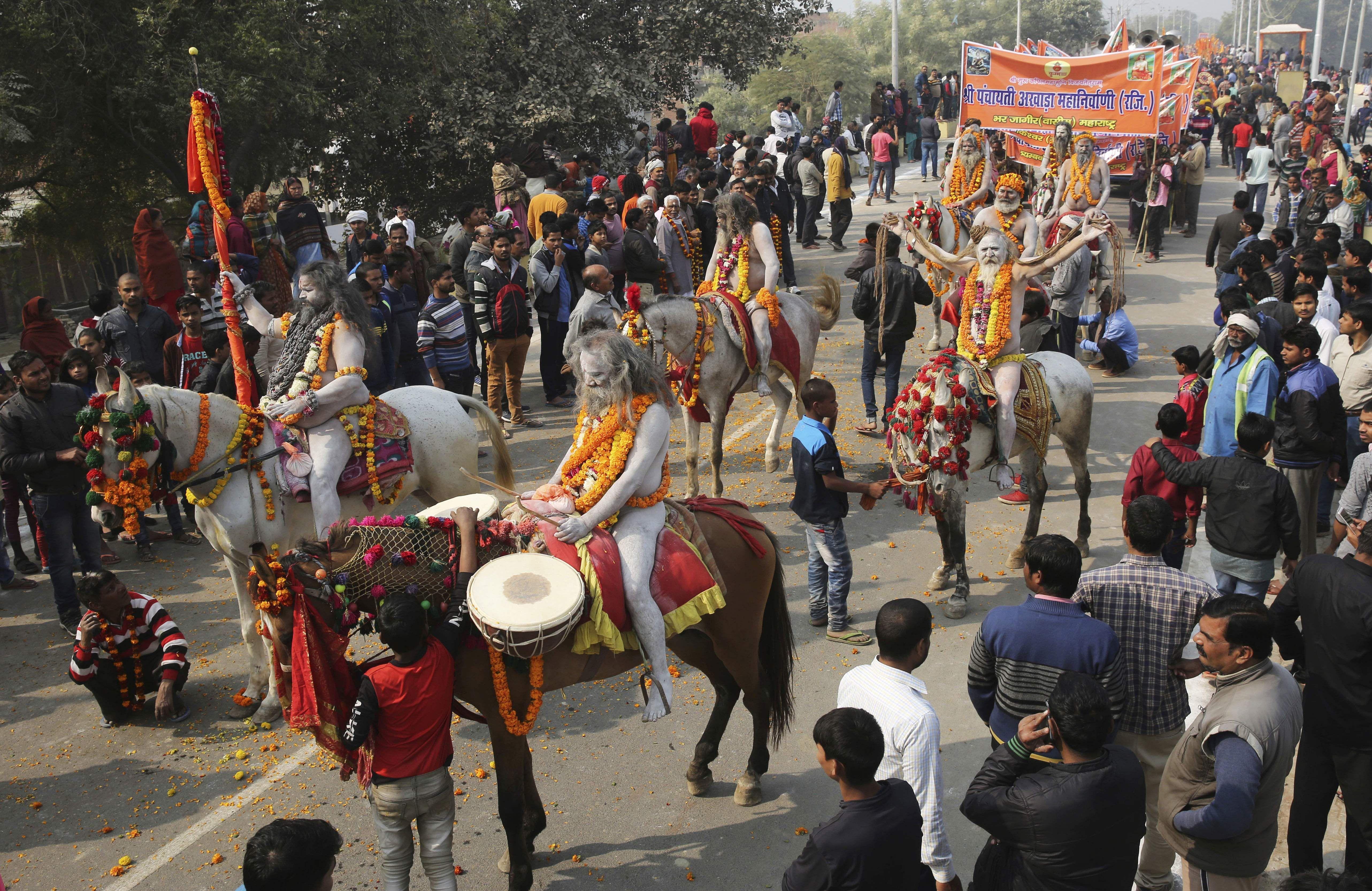 Naga Sadhus - Allahabad Kumbh Mela 2019 | Kumbh Photo